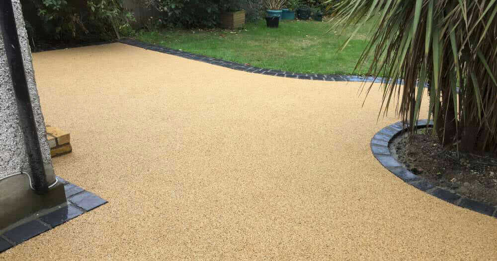 patio-with-resin-surface